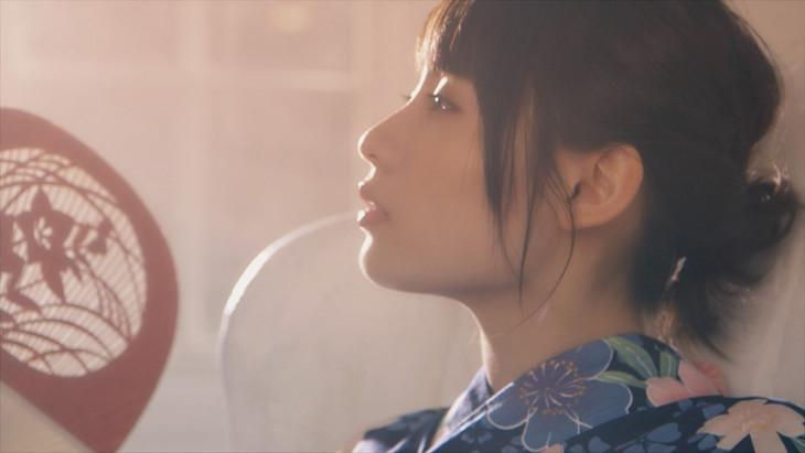 たんこぶちん「花火」MVのワンシーン。