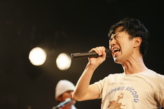 "藤井隆「NEW ALBUM""Coffee Bar Cowboy""release tour FINAL@代官山UNIT」の様子。(撮影:高橋良美)"