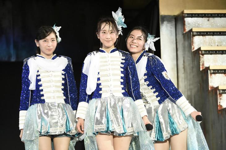 1期生の大矢真那、松井玲奈、松井珠理奈。 (c)AKS