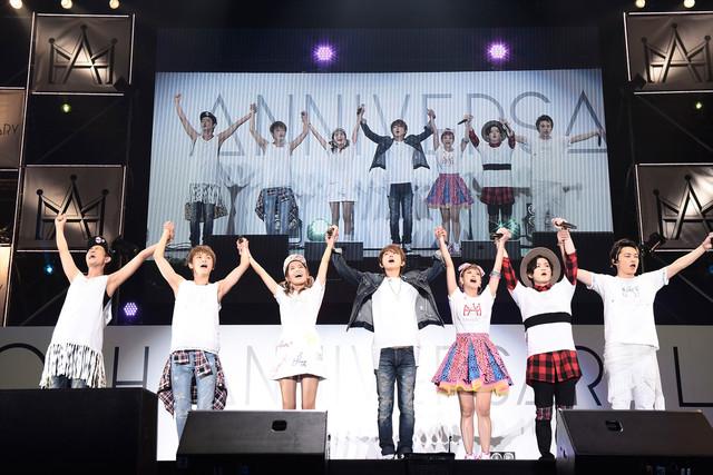 「AAA 10th Anniversary Live」フィナーレの様子。 (写真提供:エイベックス・ミュージック・クリエイティヴ)