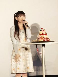 """本日9月20日に""""17歳""""の誕生日を迎えた堀江由衣。(写真提供:EVIL LINE RECORDS)"""