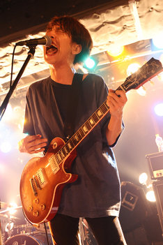 椎木知仁(G, Vo / My Hair is Bad)(Photo by Masanori Fujikawa)