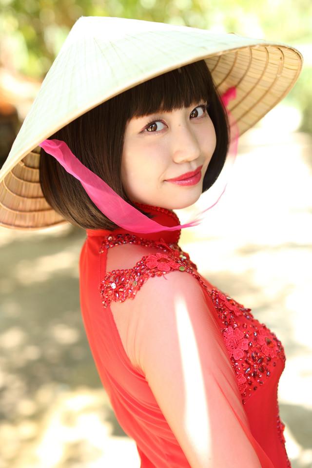 新木さくら1st写真集「sakura days」(仮)より 。(発行:東京ニュース通信社)