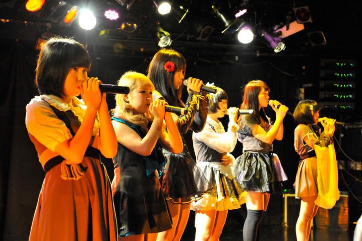 少女閣下のインターナショナル「スペクタキュラー・オプチカル社のあたらしいプログラム」の様子。(撮影:角田純子)