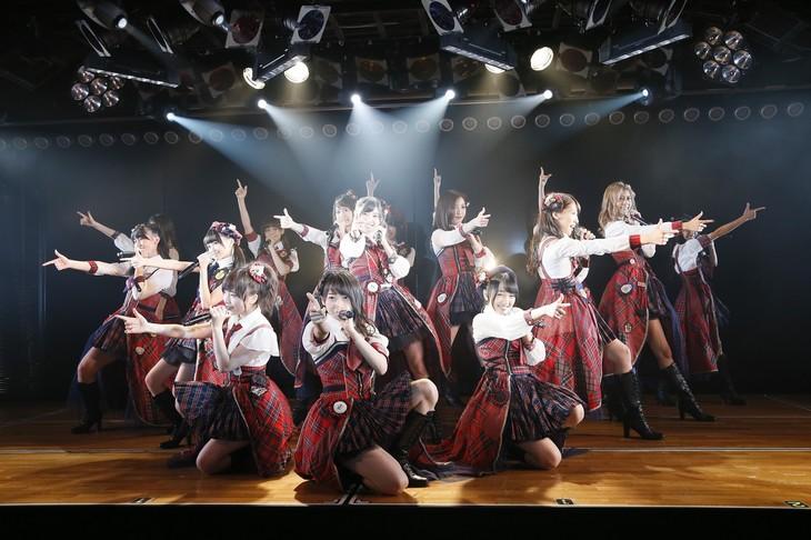 11月8日に東京・AKB48劇場にて行われた「僕がここにいる理由」公演の様子。(c)AKS