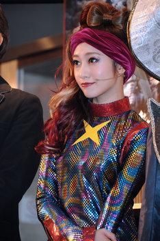 ヘケート役の桜井玲香。