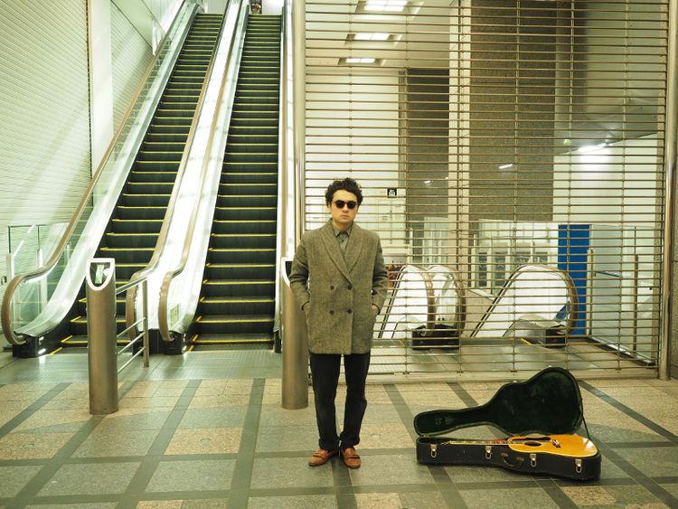 前野健太ニューアルバムは全曲弾き語り、プロデュースは九龍ジョー - 音楽ナタリー
