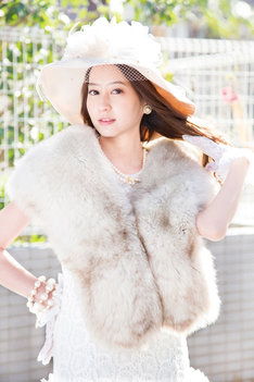 白鳥麗子を演じる河北麻友子。(c)2016「白鳥麗子でございます!」製作委員会