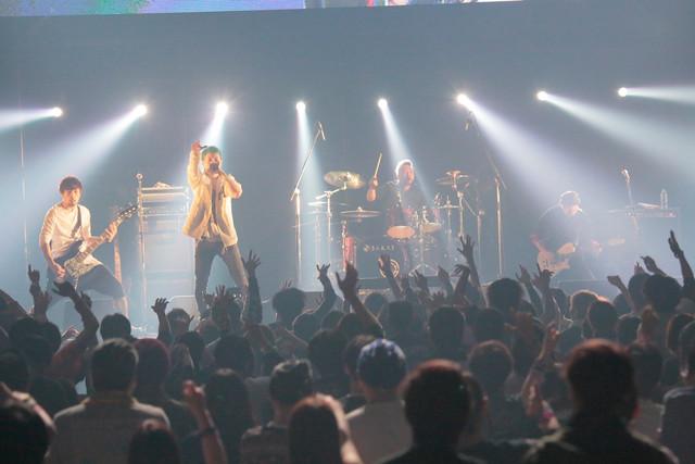 NOISEMAKER(写真提供:rockin'on japan)