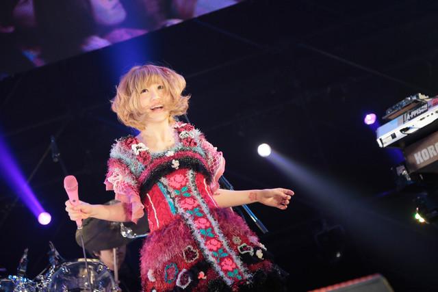 大森靖子(写真提供:rockin'on japan)