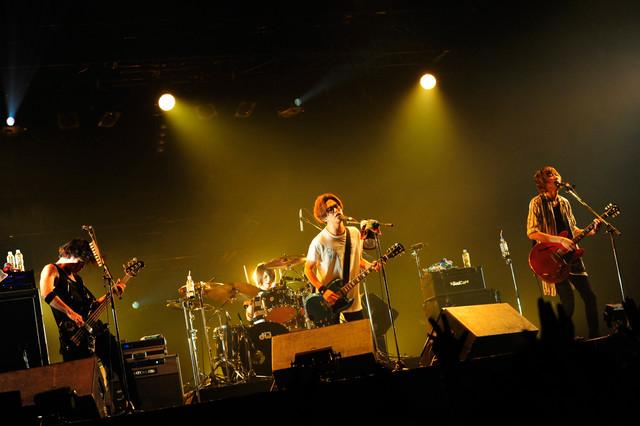 BLUE ENCOUNT(写真提供:rockin'on japan)