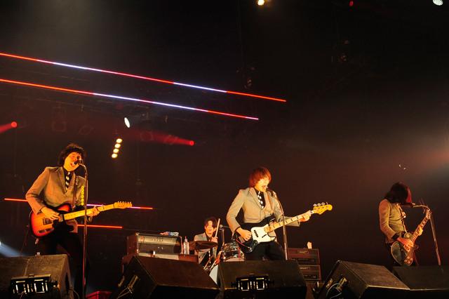 THE BAWDIES(写真提供:rockin'on japan)