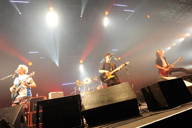 THE ORAL CIGARETTES(写真提供:rockin'on japan)