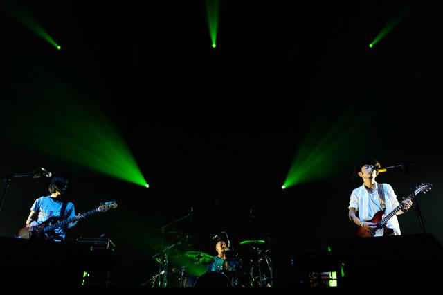 ACIDMAN(写真提供:rockin'on japan)