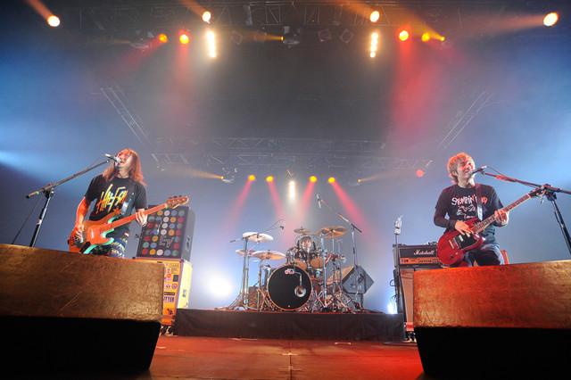 dustbox(写真提供:rockin'on japan)
