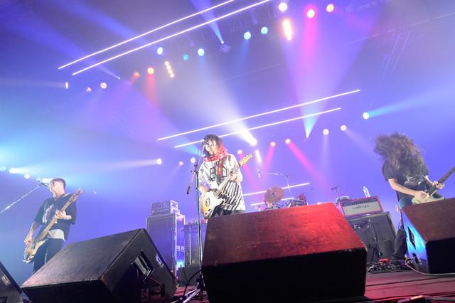 アルカラ(写真提供:rockin'on japan)