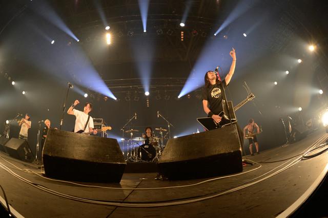 HEY-SMITH(写真提供:rockin'on japan)