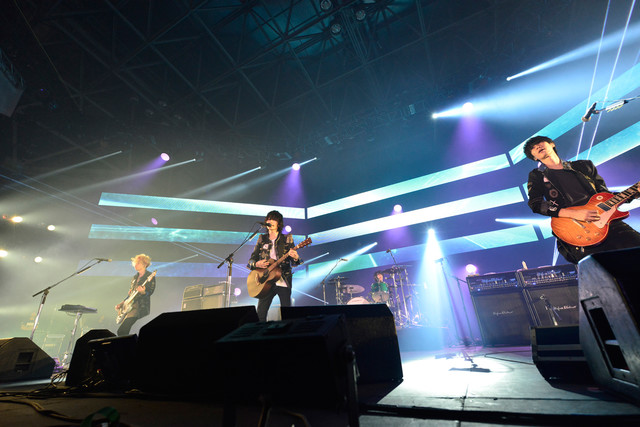 BUMP OF CHICKEN(写真提供:rockin'on japan)