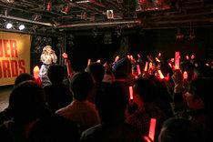 「上坂すみれ 2ndアルバム『20世紀の逆襲』発売記念イベント」の様子。