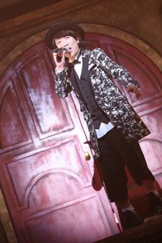 ハジ→(写真提供:EMI Records)