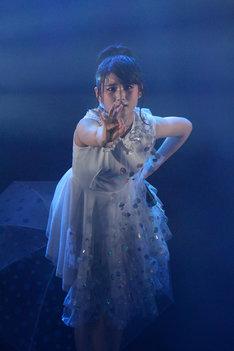 櫻井紗季 (写真提供:EPICレコードジャパン)