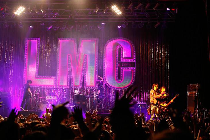 「Go to the 10th Anniversary LM.C TOUR 2016『SUPER GLITTER LOUD BOX』」1月31日の東京・TSUTAYA O-EAST公演の様子。(撮影:宮脇進)