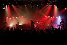 Aimerのステージの様子。(写真提供:SME Records)