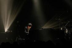 澤野弘之(写真提供:SME Records)