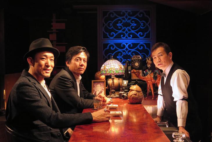 左からファンキー加藤、勝村政信、マギー。(c)BSフジ