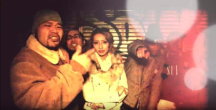 YouTube動画「9SARI HEAD LINE #番外編Vol.3『加藤紗里が9sari スタジオに相談しに来た。』」より。