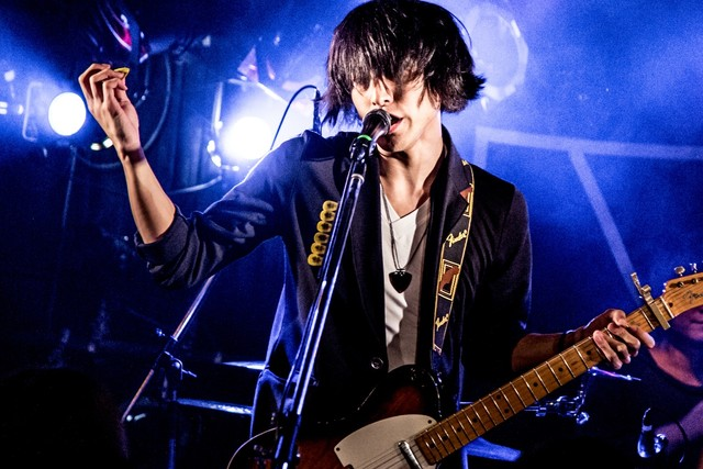 涼木聡(Vo, G)(Photo by mepo)