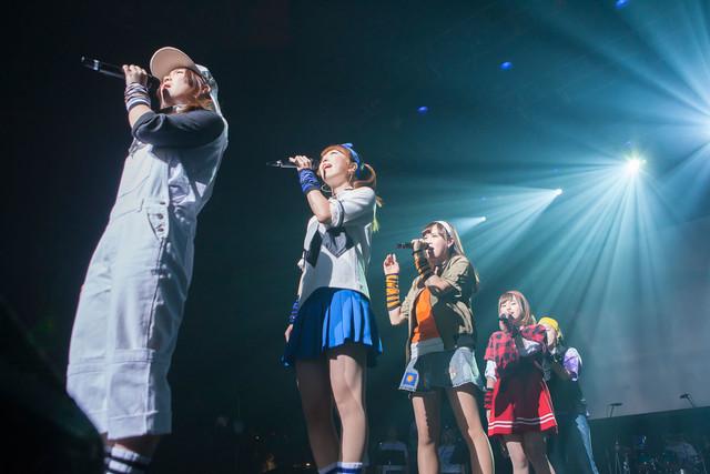東京・新木場STUDIO COAST公演でのEspecia。(写真提供:スペースシャワーネットワーク)
