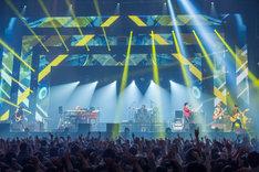 3月6日に行われた稲葉浩志「Koshi Inaba LIVE 2016 ~enIII~」東京・日本武道館公演の様子。(写真提供:VERMILLION RECORDS)