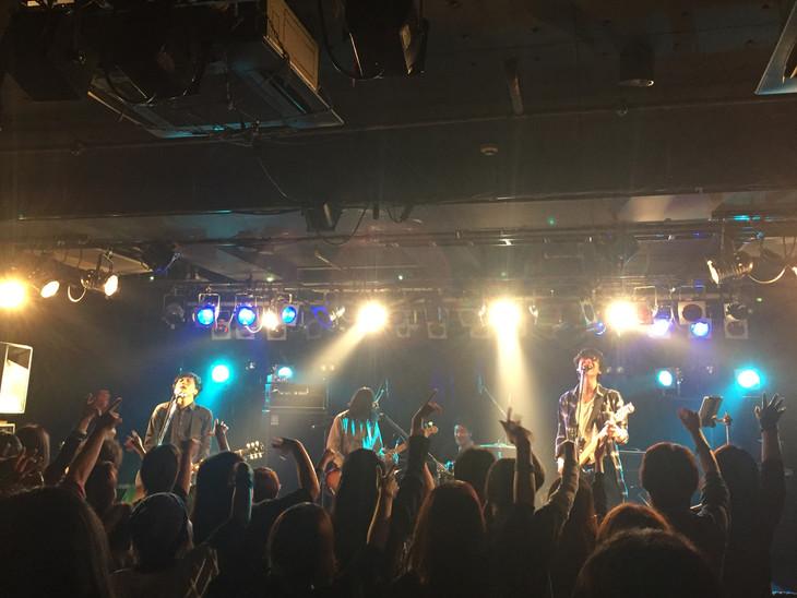 「Welcome to the Dance floor」東京・TSUTAYA O-Crest公演の様子。(撮影:森本優一)