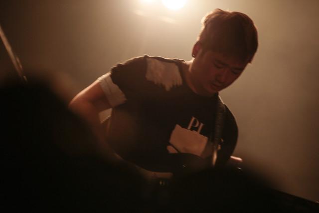 ジョン・ギュホ(G / GUCKKASTEN)(撮影:西槇太一)