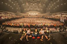 キュウソネコカミ「DMCC REAL ONEMAN TOUR -EXTRA!!!-」千葉・幕張イベントホール公演の様子。(撮影:丹部美咲)