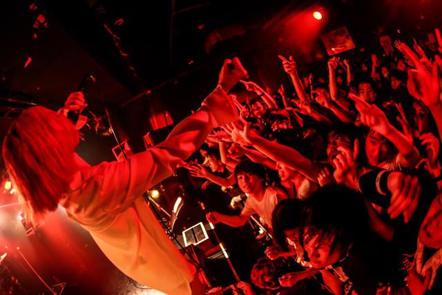 THE MUSMUS「THE MUSMUS PROLOGUE TOUR FINAL」東京・TSUTAYA O-Crest公演の様子。(Photo by shingo tamai)