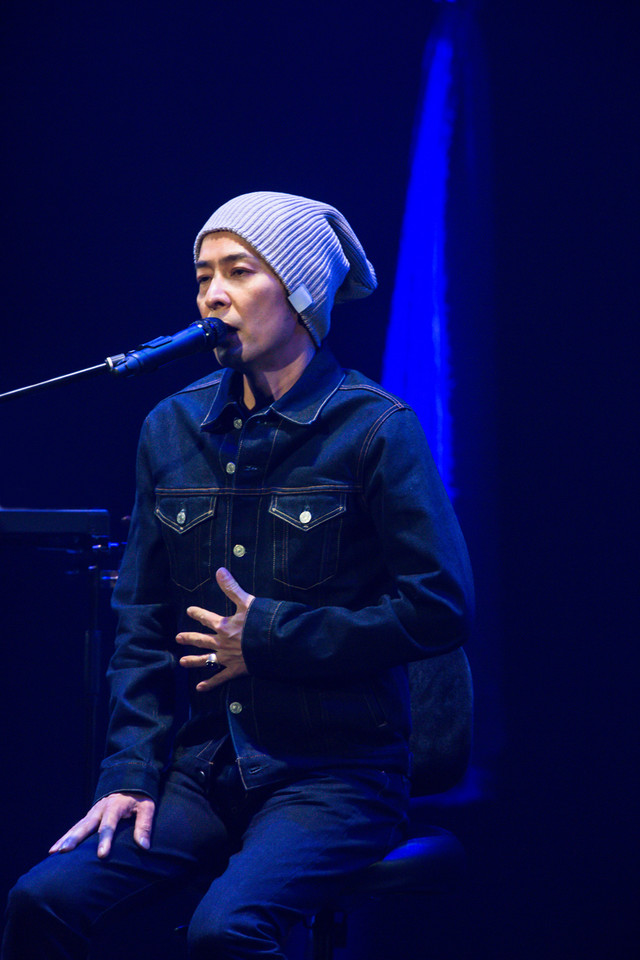 「30th Anniversary Acoustic Special Live 2016」の様子。 (c) kilioffice