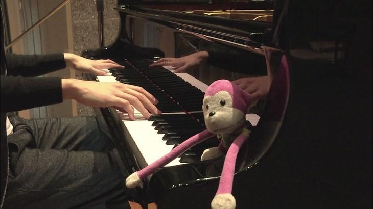 「『KABANERI OF THE IRON FORTRESS』まらしぃ Piano ver.」のワンシーン。