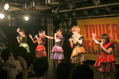 i☆Ris「Ready Smile!!」リリースイベントの様子。