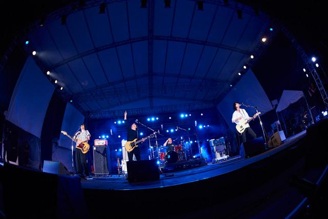 前夜祭に出演したLEGO BIG MORL。 (c)Reborn-Art Festival