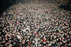 BABYMETAL「APOCRYPHA - THE WHITE MASS -」東京・Zepp Tokyo公演2日目に集まったファン。(Photo by Taku Fujii)