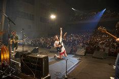 銀杏BOYZ 特別公演「東京の銀杏好きの集まり」の様子。(撮影:村井香)