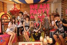 dTVブース「a-nation音楽生特番」に登場したAAAの浦田直也、宇野実彩子、伊藤千晃、與真司郎。