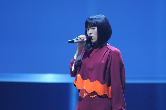 NHK総合「SONGSスペシャル」のワンシーン。