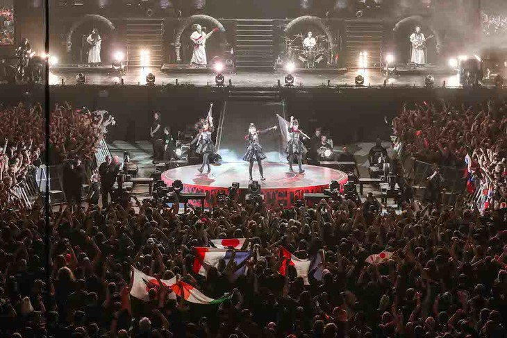 「BABYMETAL WORLD TOUR 2016」The SSE Arena, Wembley公演の様子。(Photo by Taku Fujii)