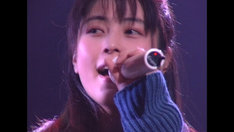 "ZARD「ZARD 25th Anniversary LIVE ""What a beautiful memory""」のワンシーン。"