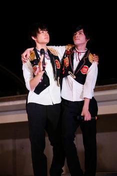佐野勇斗と板垣瑞生。(Photo by Seki Junichi)