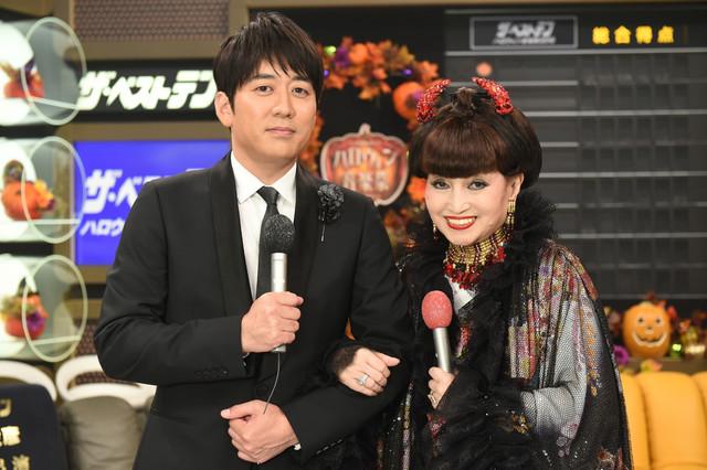 左から安住紳一郎アナウンサー、黒柳徹子。 (c)TBS