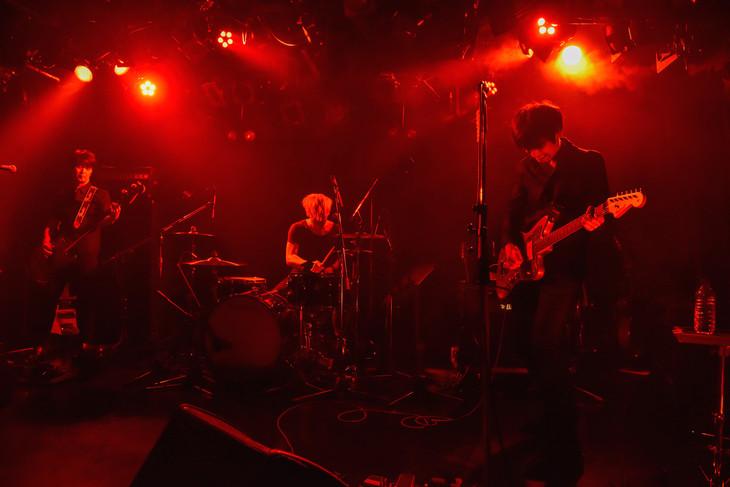 syrup16g「『HAIKAI』前夜 ニューアルバム『darc』収録曲世界最速披露会」の様子。(撮影:河本悠貴)